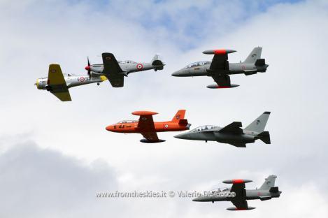 """Formazione """"Legend"""" - T-6A Texan, Fiat G.59, MB-326E, MB-339A, MB-339CD, T346A - 55PAN Rivolto 2015"""