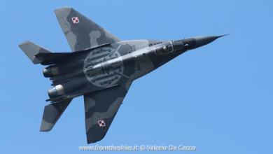 Photo of Le incredibili evoluzioni del MiG-29 Fulcrum a Rivolto
