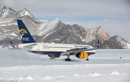 Loftleidir Icelandic Boeing 757 Union Camp 3