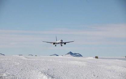Loftleidir Icelandic Boeing 757 Union Camp