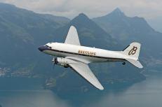 DC-3 - Foto: Breitling