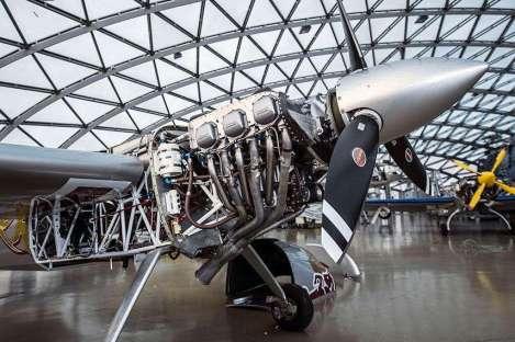 Red Bull Air Race - Zivko Edge 540 - Lycoming AEIO 540 Thunderbolt (1)