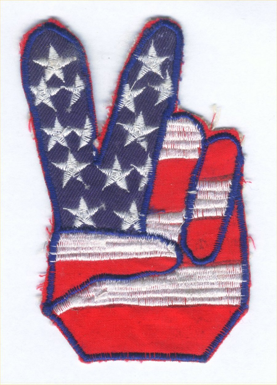https://i0.wp.com/www.fromthevaultradio.org/home/wp-content/images/FTV029_Peace/peace%2001%20american%20flag%20handsign.jpg