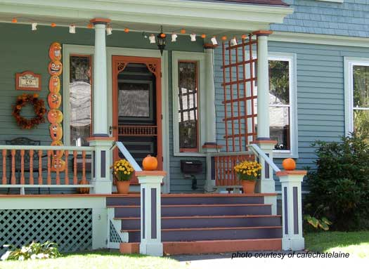 Here Is An Awesome Example Of How Well The Porch Could Be Decorated For Fall And