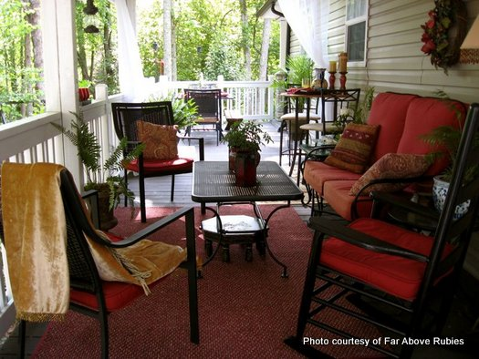 Decorating For Summer To Make Your Porch Sizzle