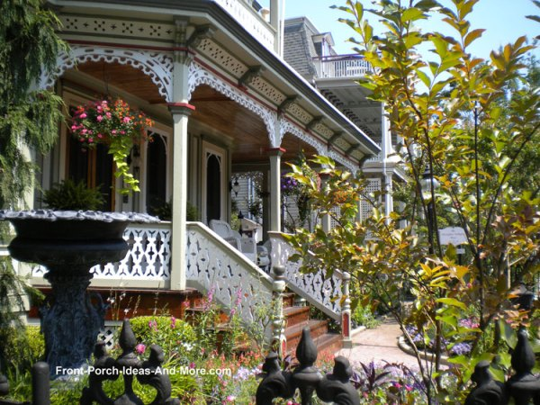 victorian style houses charm
