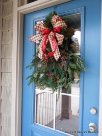 Make Outdoor Christmas Decorations This Year