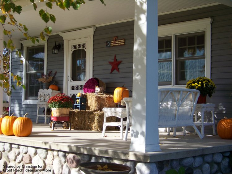 Outdoor Thanksgiving Decorations for Your Front Porch