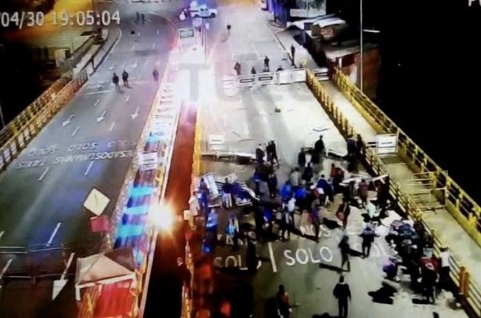 venezolanos frontera