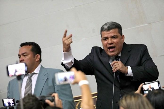 Luis Parra sanciones