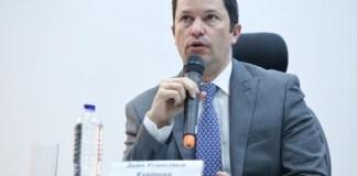 Juan Francisco Espinosa, nuevo director de Migración