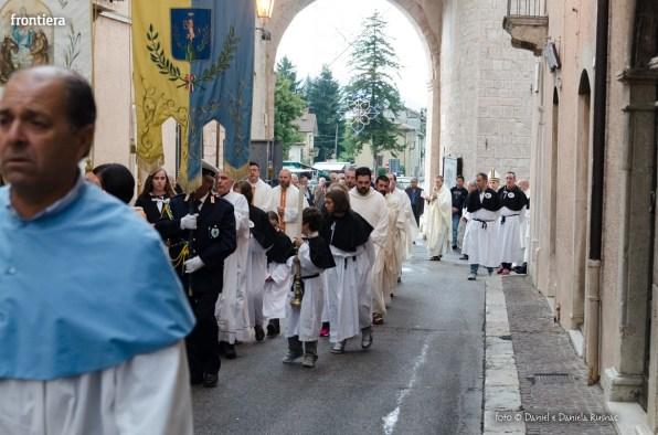 Festa-di-San-Giuseppe-da-Leonessa-(13-settembre-2015)-Processione-vescovo-Pompili-foto-Daniel-e-Daniela-Rusnac-22