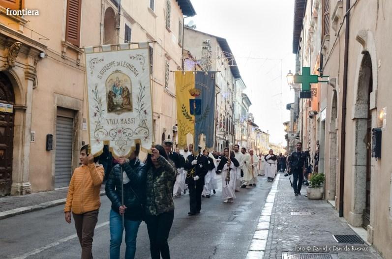 Festa-di-San-Giuseppe-da-Leonessa-(13-settembre-2015)-Processione-vescovo-Pompili-foto-Daniel-e-Daniela-Rusnac-31