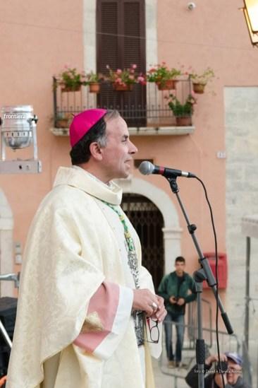 Festa-di-San-Giuseppe-da-Leonessa-(13-settembre-2015)-Processione-vescovo-Pompili-foto-Daniel-e-Daniela-Rusnac-46
