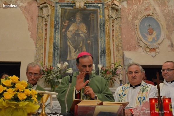 Vescovo-Domenico-Pompili-chiesa-San-Gregorio-Cantalice-foto-Massimo-Renzi-22