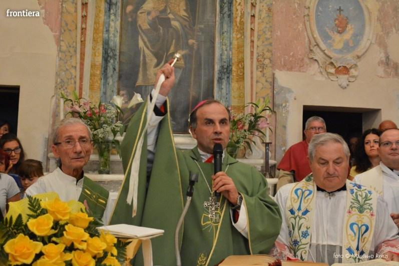 Vescovo-Domenico-Pompili-chiesa-San-Gregorio-Cantalice-foto-Massimo-Renzi-23