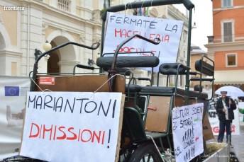 Protesta-Ippoterapia-10-ottobre-2015-foto-Massimo-Renzi-18