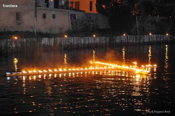 Santa-Barbara-2015-Processione-sul-fiume-foto-Massimo-Renzi-11