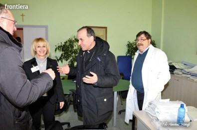 Mons-Domenico-Pompili-visita-al-De-Lellis-(22-dicembre-2012)-foto-di-Massimo-Renzi-02