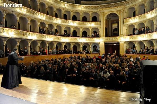 Pastor Ron teatro Flavio Vespasiano foto Massimo Renzi 22