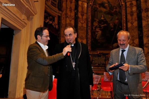 Santa-Barbara-nel-Mondo-2015-premio-Fabio-Zavattaro-foto-Massimo-Renzi-10