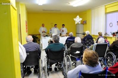 Visita-del-Vescovo-Domenico-Pompili-alla-RSA-di-S-Rufina-foto-Massimo-Renzi-04