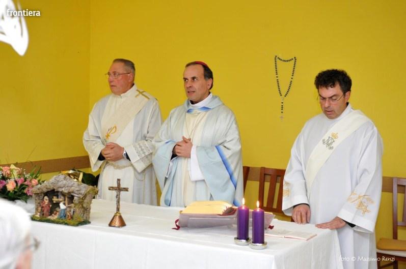 Visita-del-Vescovo-Domenico-Pompili-alla-RSA-di-S-Rufina-foto-Massimo-Renzi-34