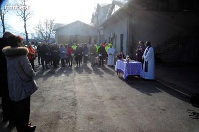 Visita-e-Messa-del-Vescovo-Domenico-Pompili-in-Asm-15-dicembre-2015-foto-David-Fabrizi-05
