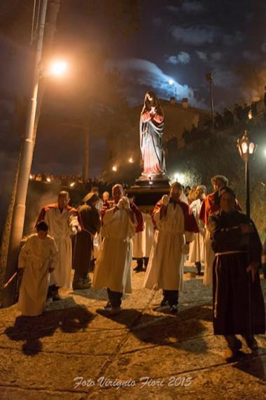 Processione-del-Cristo-Morto-Contigliano-04