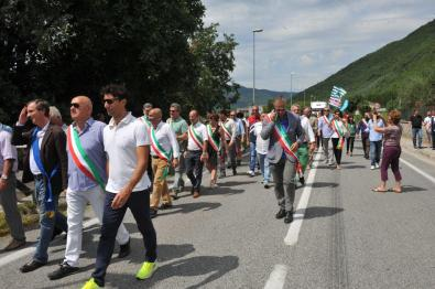 Manifestazione-acqua-Peschiera-Lecapore-5-agosto-2016-foto-Massimo-Renzi-29