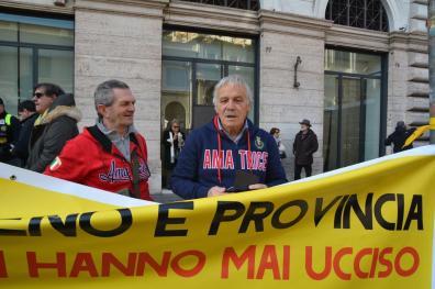[25.01.2017] Protesta dei terremotati a Roma DSC_2312