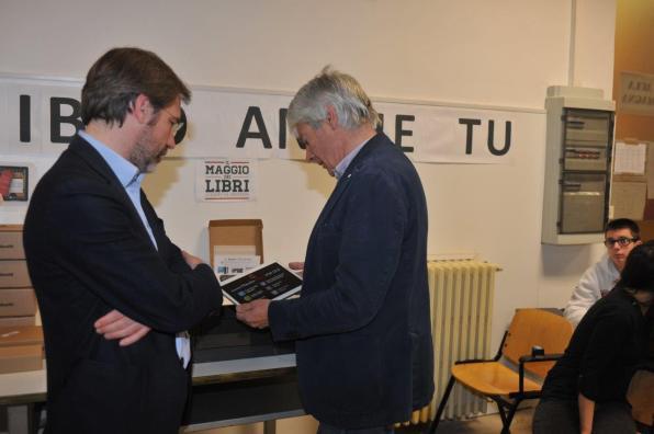 [31.03.2017] Consegna del Kit 3D al Celestino Rosatelli MAS_1423