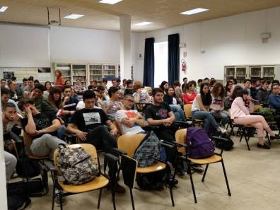 [28.05.2018] Incontro con Laura Tangherlini al Rosatelli 01