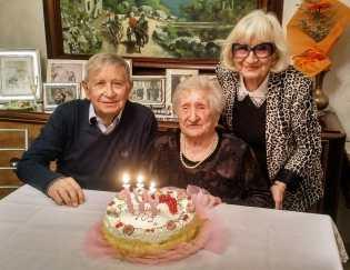 [11.11.2018] Festa per i 109 anni di nonna Zelinda 04