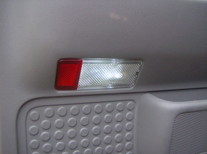 2004 F250 Door Courtesy Lights
