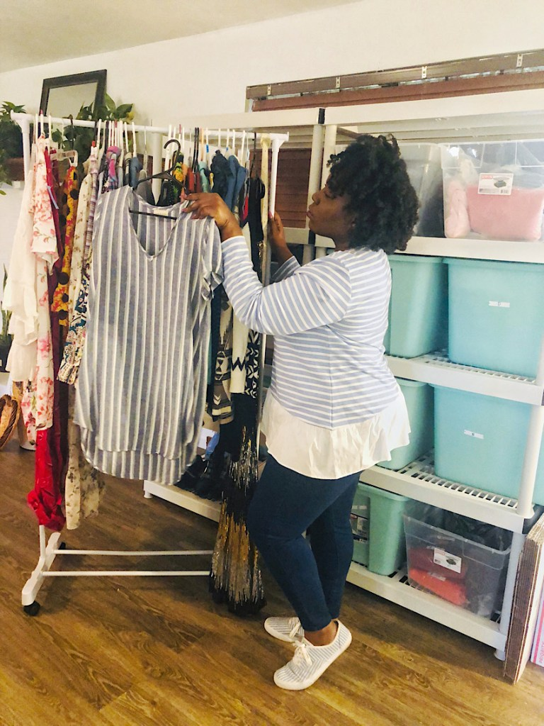 Poshmark Tools That Improve Your Reselling Business