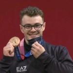 Tokyo 2020, Zanni medaglia di bronzo nel sollevamento pesi.