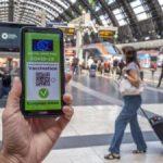 Green pass obbligatorio da oggi, 1° settembre: cosa cambia per scuola, trasporti e università.