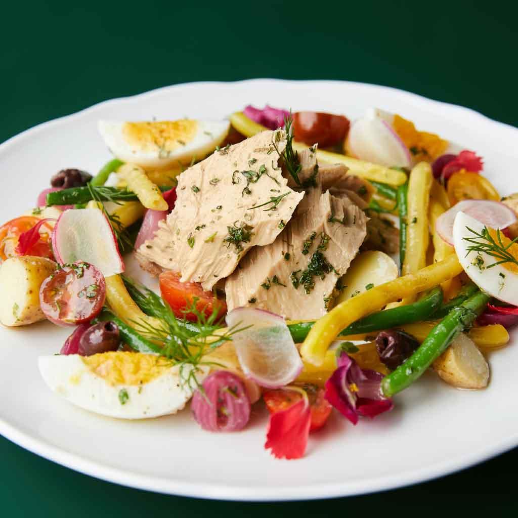 Closeup of a tuna nicoise salad from Primrose at Park MGM hotel.