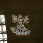 DECO NOEL AU CROCHET : un ange blanc et or avec tuto - Le blog de crochet et tricot d'art de Suzelle
