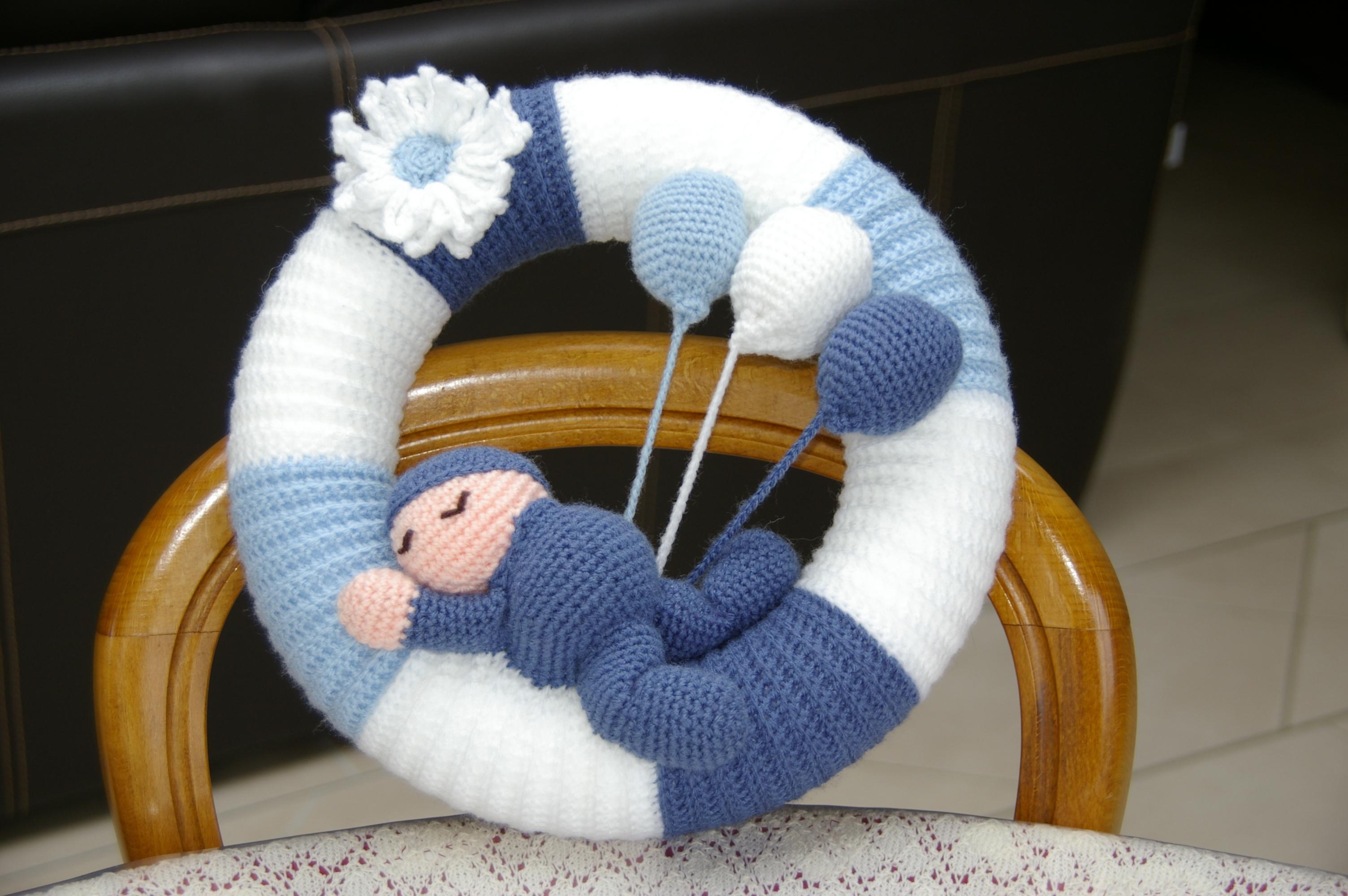 Crochet Ma Couronne Pour Bébé Avec Tuto Gratuit Blog De