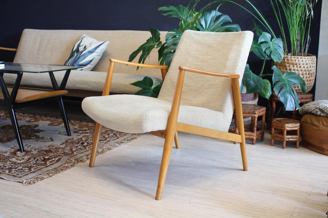 Jaren 60  70 vintage fauteuil creme  Froufrous