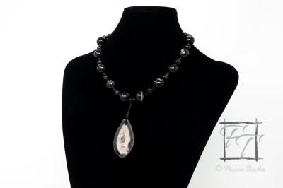 Dark Horse: Black agate pendant necklace