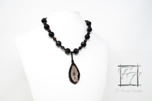 Dark Horse: Black agate pendant necklace