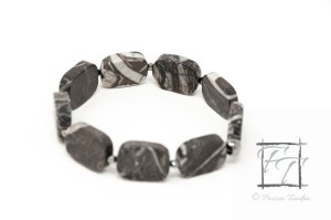 zebrastripes stretch bracelet with onyx marble,(zebra jasper) and gunmetal