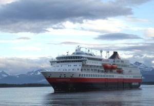 Zeereis met Hurtigruten