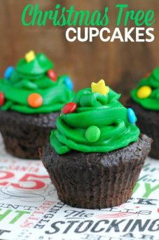 These Christmas Tree Cupcakes are a great Christmas party idea that will have your guests asking for the recipe!