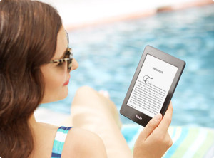 Kindle-Paperwhite-on-Beach