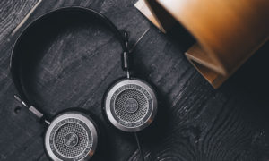 grado, grado headphones, grado labs, sunset park, brooklyn, new york, SR325e, stand, wood, black