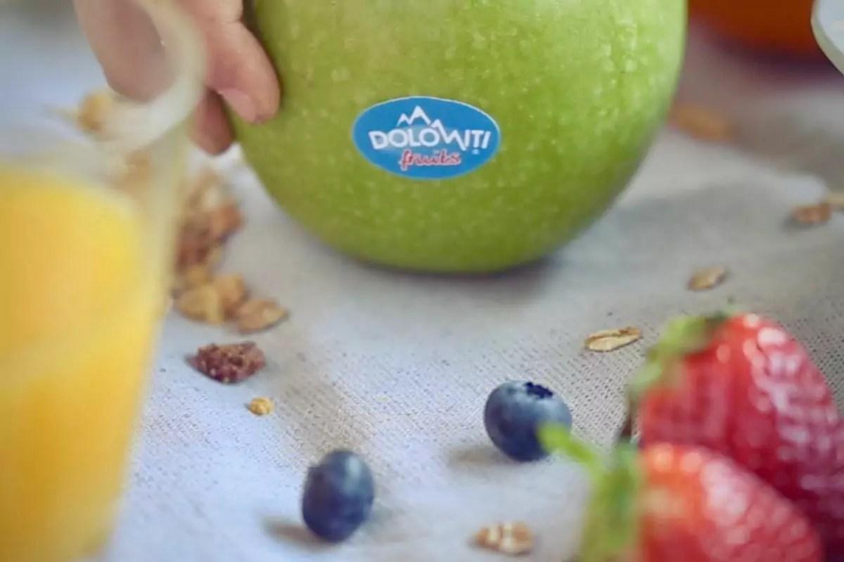 Dolomiti-Fruits-succhi-sequestro-fatture-false-mela